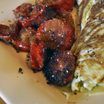OMELETTE WITH FRIED TOMATOES